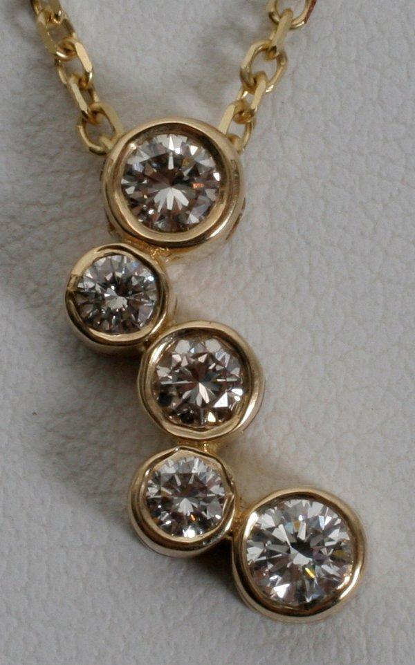 020013: .75 CT. DIAMOND & 14KT YELLOW GOLD PENDANT