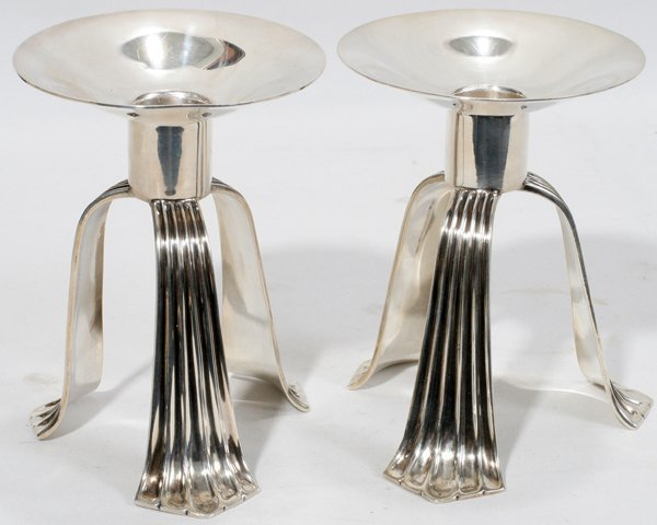 021005: TIFFANY & CO. STERLING CANDLESTICKS, 1947-56