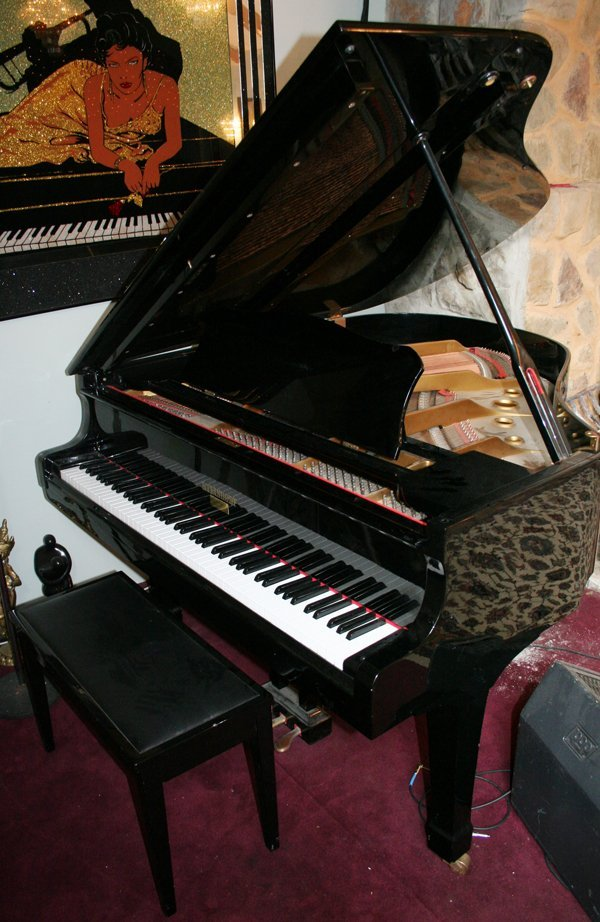 "021018: STEINDORF BABY GRAND PIANO, 1950, L 60"""