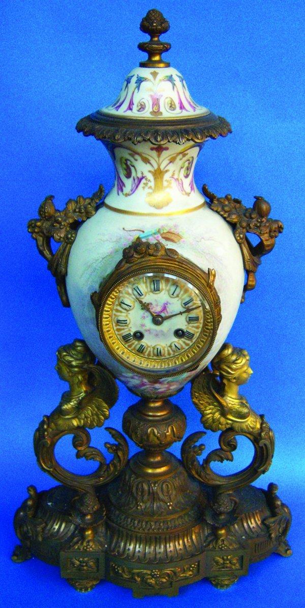 021021: FRENCH D'ORE BRONZE & PORCELAIN CLOCK, 19TH C