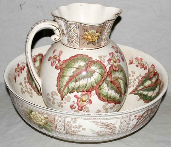 021386: S. H. & SONS ENGLISH 'BEGONIA' PITCHER & WASH