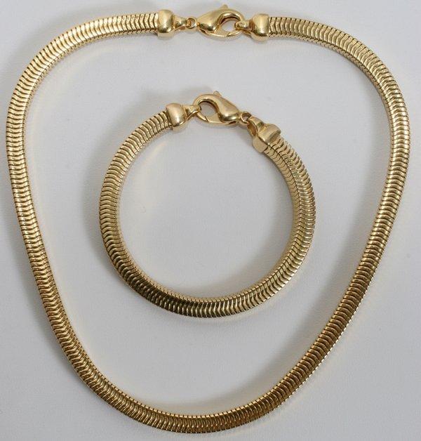 022099: ITALIAN 18KT Y/GOLD BRACELET & NECKLACE SET