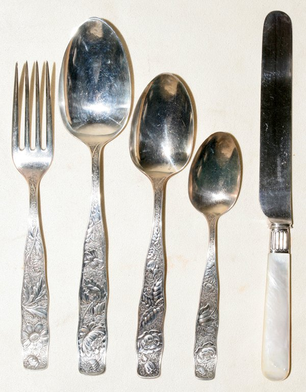 031208: TOWLE STERLING FLATWARE, 50 PIECES