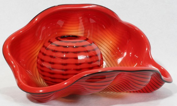 """042017: DALE CHIHULY GLASS SCULPTURE, """"SEA FORM"""", 1995"""