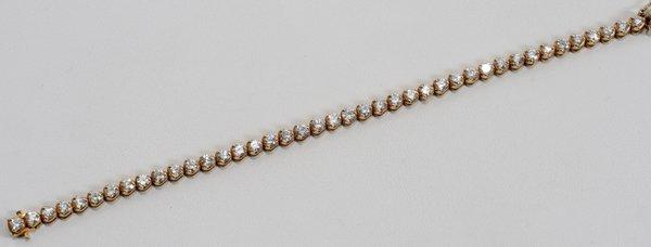 050011: 14KT YELLOW GOLD & 7.28 CT DIAMOND BRACELET