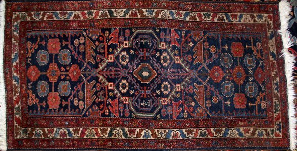 "060022: HAMADAN WOOL CARPET, 59"" X 32"""