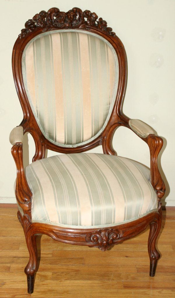 061020: VICTORIAN ROSEWOOD ARMCHAIRS, PAIR, C. 1870