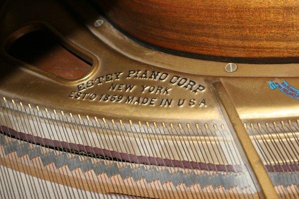 072079: ESTEY MAHOGANY BABY GRAND PIANO, C. 1926/1927, - 3
