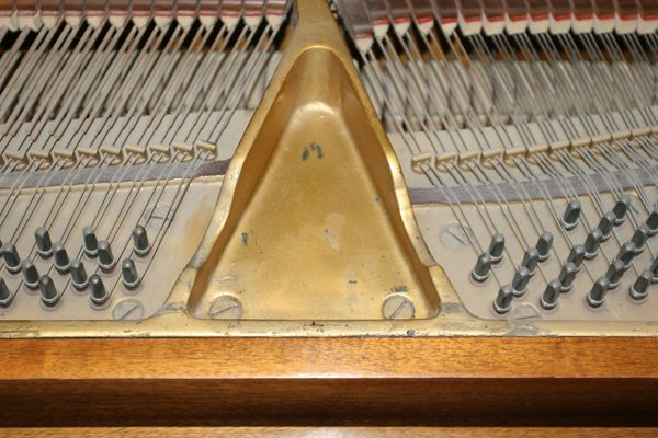 072079: ESTEY MAHOGANY BABY GRAND PIANO, C. 1926/1927, - 4