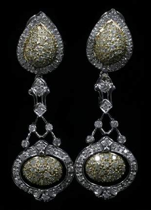 TWO TONE 18 KT. GOLD & 3.17 CT. DIAMOND EARRING