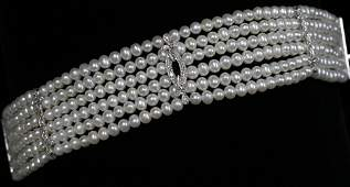 030198: PEARL NECKLACE W/14 KT. GOLD & DIAMOND CLASP