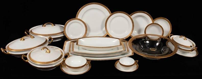 ROSENTHAL PORCELAIN GOLD BANDED DINNER SET FOR 16, 177