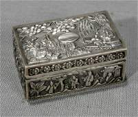 031321 CHINESE SILVER SNUFF BOX MADE BY KW