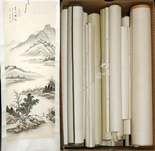 031627: PRINTED IMAGES OF CHINESE PAINTINGS, OVER 60