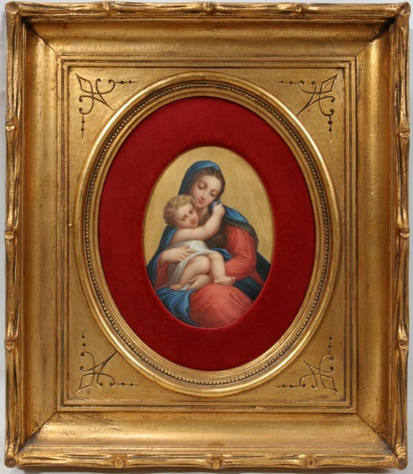 090021: UNSIGNED PAINTED PORCELAIN PLAQUE MOTHER & CHIL