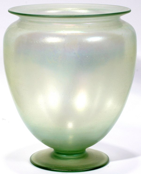 091013: STEUBEN VERRE DE SOIE VASE, EARLY 20TH C., H 7""
