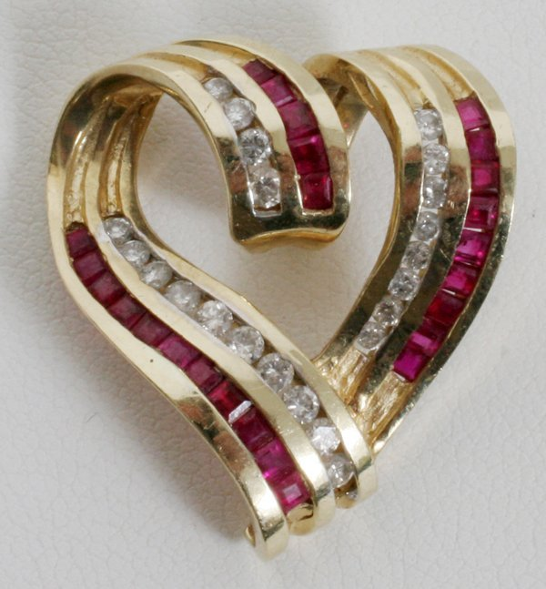 091023: 14KT GOLD, RUBY & DIAMOND HEART PENDANT