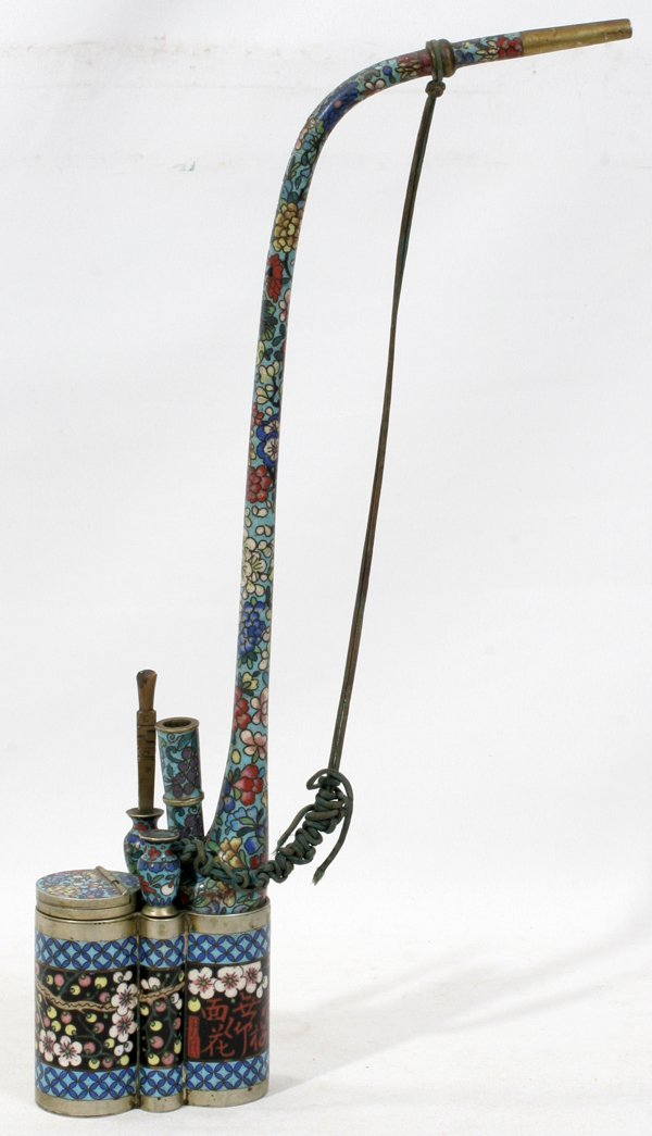 011100: CHINESE CLOISONNÉ OPIUM PIPE WITH TOOLS, H 13""