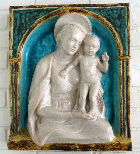 042014: ITALIAN POTTERY MADONNA & CHILD PLAQUE, 19TH C.