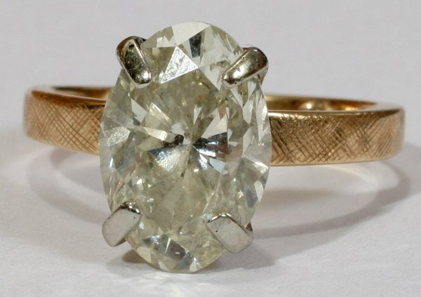 030001: 14KT YELLOW GOLD AND DIAMOND ENGAGEMENT RING