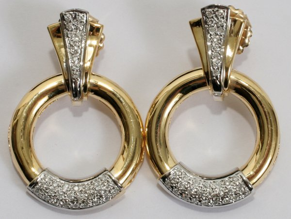 "030004: 1.00 CT. DIAMOND EARRINGS, L 1 1/2"", DIA 1"""