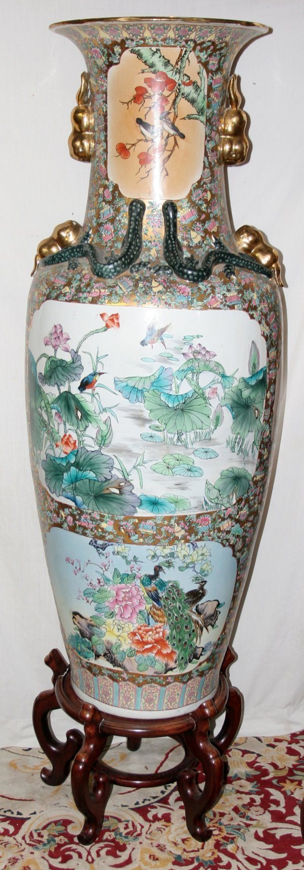 """030012: CHINESE PORCELAIN PALACE URN, H 61"""", STAND"""