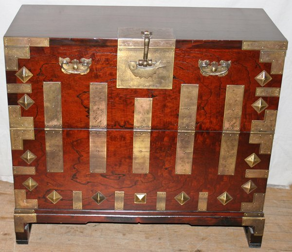 030023: ROSEWOOD CHINESE CHEST BRASS, LOCK & KEY