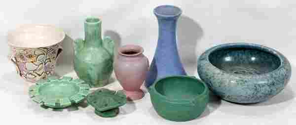 AMERICAN ART POTTERY GROUPING, NINE PIECES