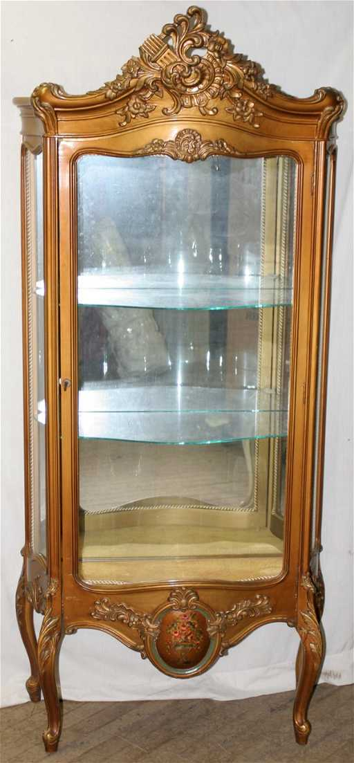 - 032127: FRENCH PROVINCIAL GOLD LEAF CURIO CABINET