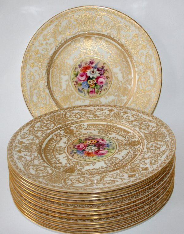 040015: ROYAL WORCESTER SERVICE, 12 PCS, PLATES,