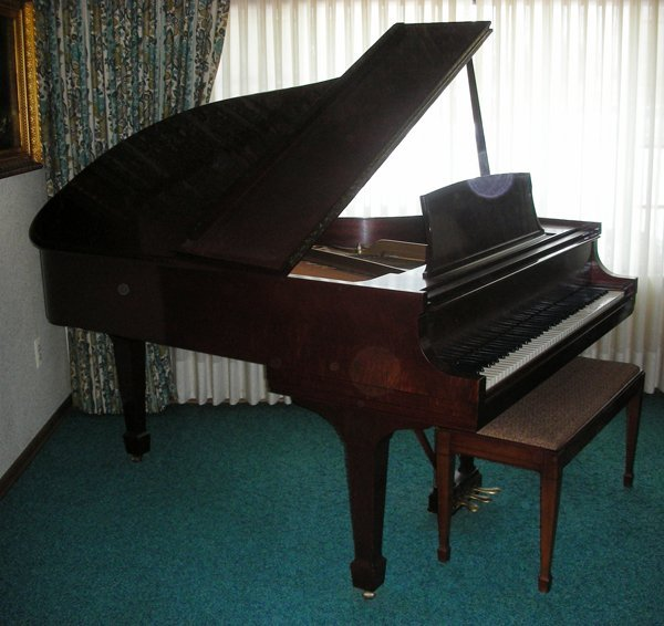 041001: STEINWAY & SONS GRAND PIANO, MODEL 362775L