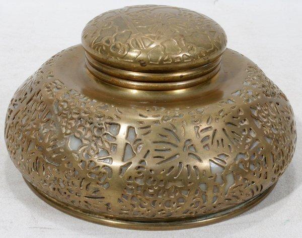 041003: TIFFANY STUDIOS 'GRAPE VINE' GOLD PLATED METAL