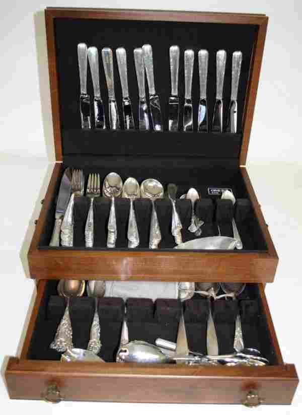 051083: TOWLE 'CANDLELIGHT' STERLING FLATWARE, 87 PCS