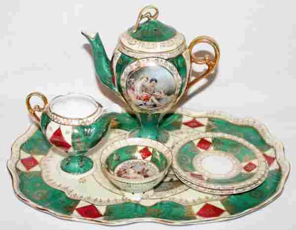051404: VIENNESE STYLE PORCELAIN TEA WARE, EIGHT PIECES