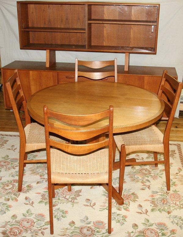 060015: DANISH MODERN DINING ROOM SET