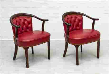 HANCOCK & MOORE LEATHER & WOOD CLUB CHAIRS, PAIR