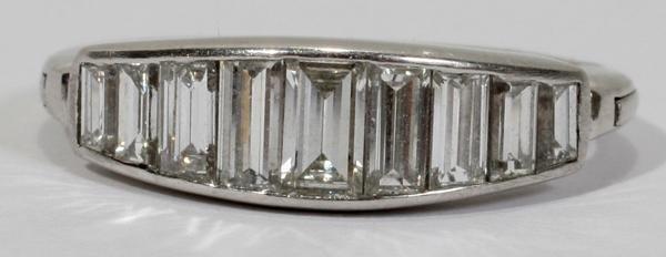 070009: EMERALD CUT DIAMOND AND GOLD WEDDING BAND