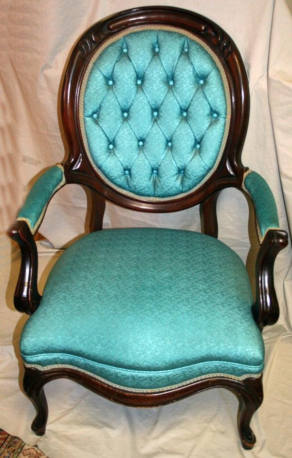 070169: MAHOGANY & UPHOLSTERED OPEN ARMCHAIR