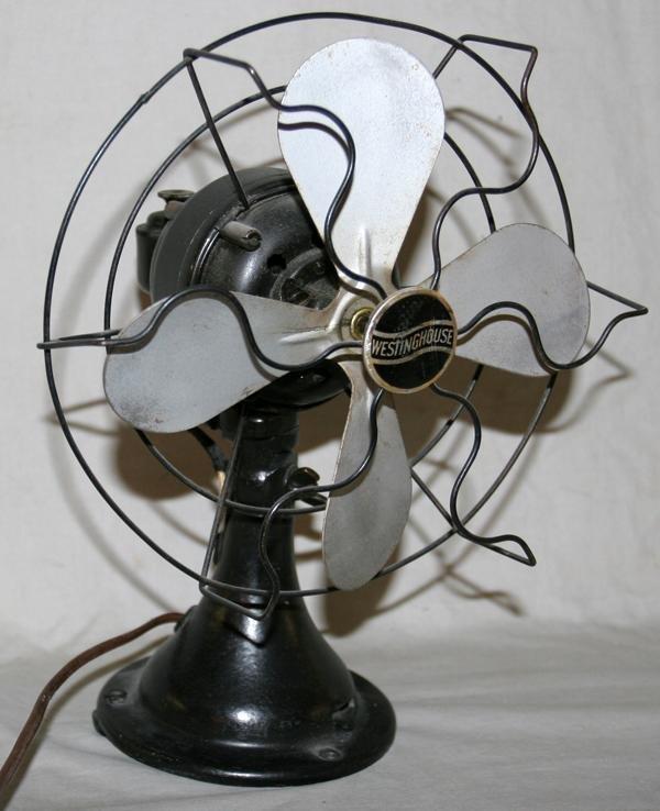 070512: VINTAGE WESTINGHOUSE ELECTRIC TABLE FAN, C 1930