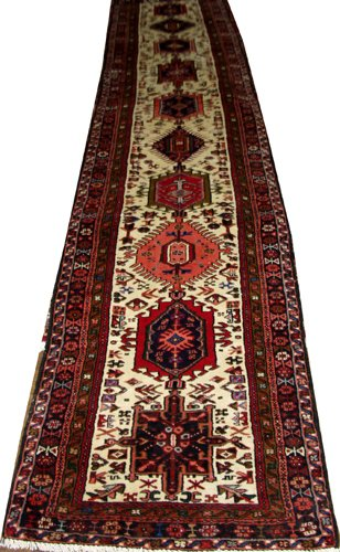 "050003: KARAJEH PERSIAN WOOL RUNNER 2' 10"" X 28'8"""