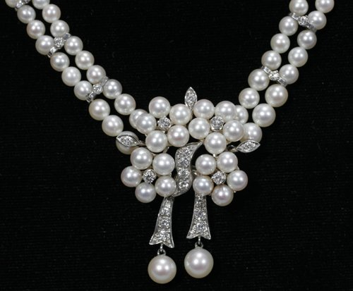 051003: GOLD, DIAMOND & PEARL NECKLACE