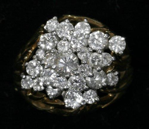 051008: GOLD & DIAMOND RING