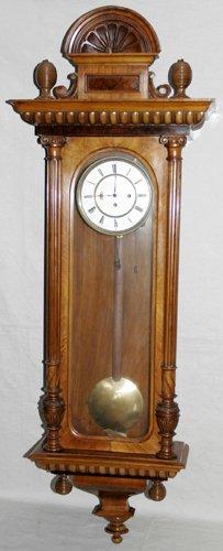 051024: VIENNESE WALNUT REGULATOR CLOCK