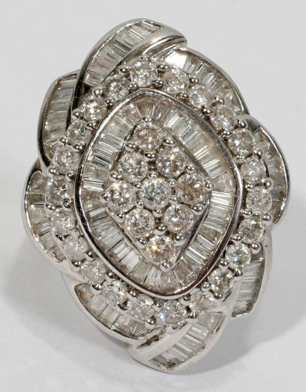 080014: WHITE GOLD & 1.50CT DIAMOND RING, T.W. APPROX.
