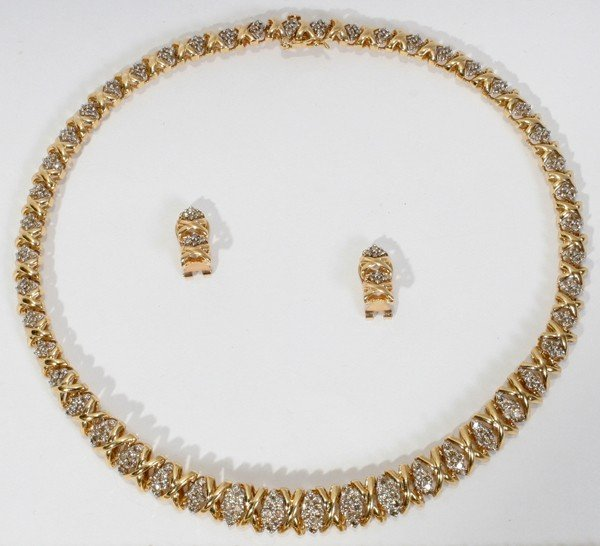 080018: 14KT GOLD & DIAMOND NECKLACE & PAIR OF EARRINGS