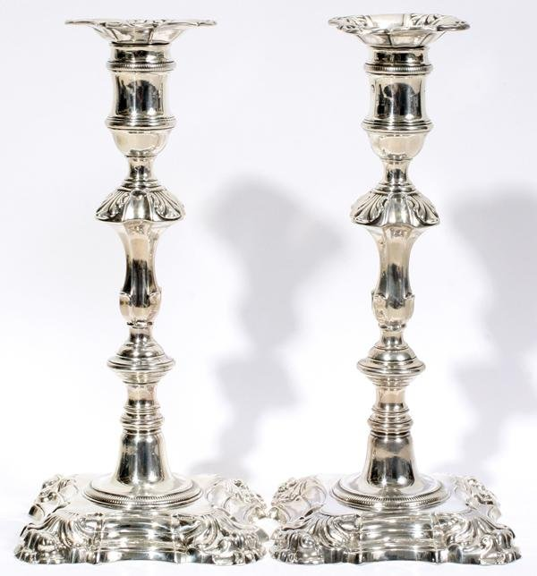 081010: GEORGE III STERLING CANDLESTICKS, WILLIAM CAFÉ