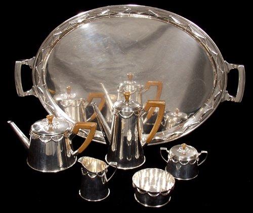 052001: TIFFANY & CO. STERLING TEA & COFFEE SET