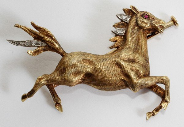 110015: ANTIQUE 18KT YELLOW GOLD GALLOPING HORSE PIN