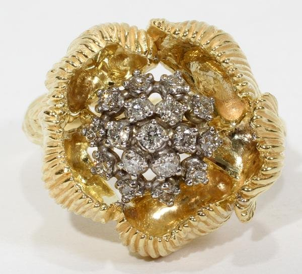 110016: 0.40 CT. DIAMOND & 18KT YELLOW GOLD RING