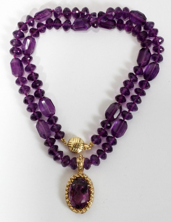 010024: NATURAL AMETHYST BEADS & PENDANT W/GOLD